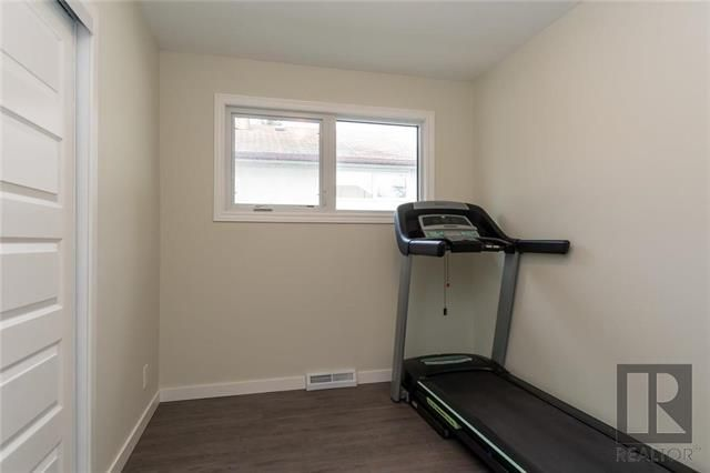 Photo 16: Photos: 56 Fontaine Crescent in Winnipeg: Windsor Park Residential for sale (2G)  : MLS®# 1826901