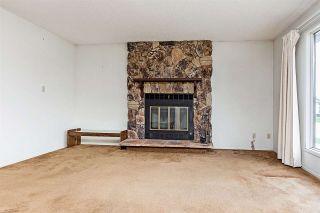 Photo 3: 3139 145 AV NW in Edmonton: Zone 35 House for sale : MLS®# E4137272