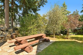 Photo 35: 989 Shaw Ave in : La Florence Lake House for sale (Langford)  : MLS®# 880324