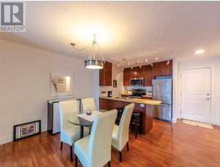 Photo 2: 310 236 Hastings Ave in Penticton: Condo for sale : MLS®# 182322