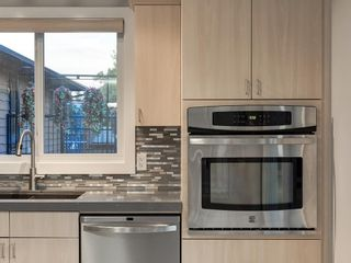 Photo 10: 320 CANNIFF Place SW in Calgary: Canyon Meadows Detached for sale : MLS®# A1080167