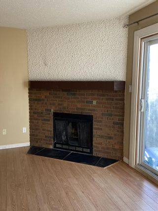 Photo 9: 565 DUNLUCE Road in Edmonton: Zone 27 Townhouse for sale : MLS®# E4248896