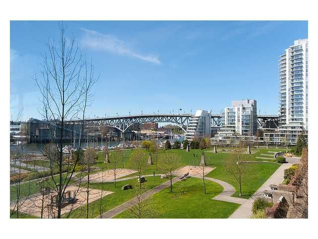 Main Photo: 603 428 Beach Avenue in Vancouver: Yaletown Condo for sale (Vancouver West)  : MLS®# V1000820