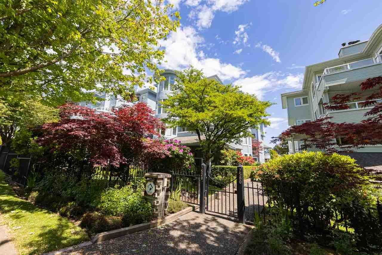 Main Photo: 305 7520 COLUMBIA Street in Vancouver: Marpole Condo for sale (Vancouver West)  : MLS®# R2582305