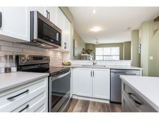 """Photo 9: 86 20460 66 Avenue in Langley: Willoughby Heights Townhouse for sale in """"Willow Edge"""" : MLS®# R2445732"""