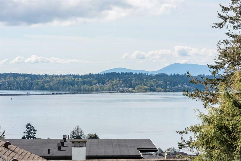 FEATURED LISTING: 1180 MAPLE Street White Rock