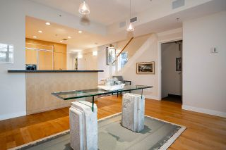"Photo 8: TH17 1233 W CORDOVA Street in Vancouver: Coal Harbour Townhouse for sale in ""CARINA"" (Vancouver West)  : MLS®# R2562157"