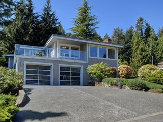 Photo 2: 4790 Amblewood Dr in : SE Broadmead House for sale (Saanich East)  : MLS®# 873286