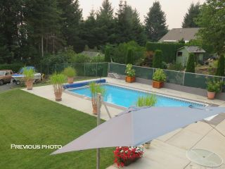 Photo 1: 991 Evergreen Ave in : CV Courtenay East House for sale (Comox Valley)  : MLS®# 865613
