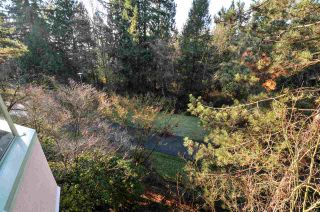"""Photo 13: 310 6735 STATION HILL Court in Burnaby: South Slope Condo for sale in """"COURTYARDS"""" (Burnaby South)  : MLS®# R2234044"""