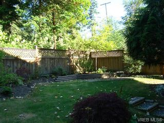Photo 12: 210 Stoneridge Pl in VICTORIA: VR Hospital House for sale (View Royal)  : MLS®# 718015