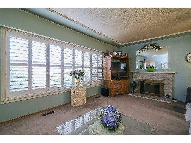 Photo 3: Photos: 7689 DAVIES ST in Burnaby: Edmonds BE House for sale (Burnaby East)  : MLS®# V1139774