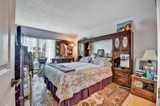 """Photo 20: 302 1390 MARTIN Street: White Rock Condo for sale in """"Kent Heritage"""" (South Surrey White Rock)  : MLS®# R2590811"""