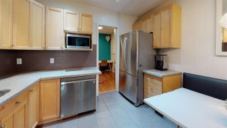 "Photo 2: 104 1631 COMOX Street in Vancouver: West End VW Condo for sale in ""WESTENDER ONE"" (Vancouver West)  : MLS®# R2541051"