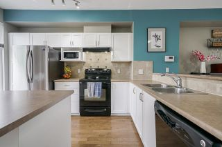 "Photo 13: 25 20120 68 Avenue in Langley: Willoughby Heights Townhouse for sale in ""The Oaks"" : MLS®# R2573725"