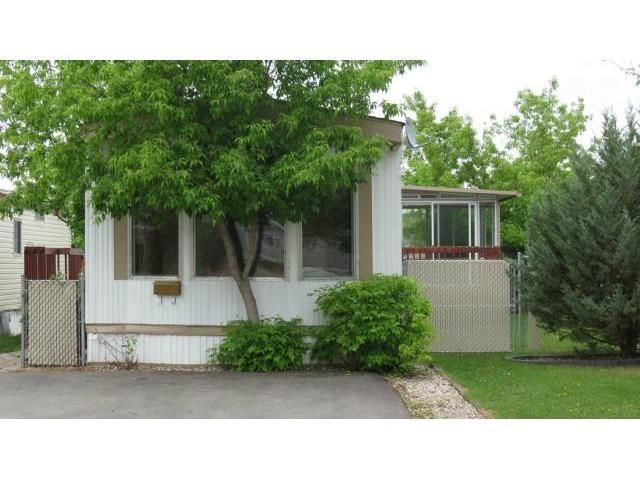 Main Photo: 57 Springwood Drive in WINNIPEG: St Vital Residential for sale (South East Winnipeg)  : MLS®# 1210890