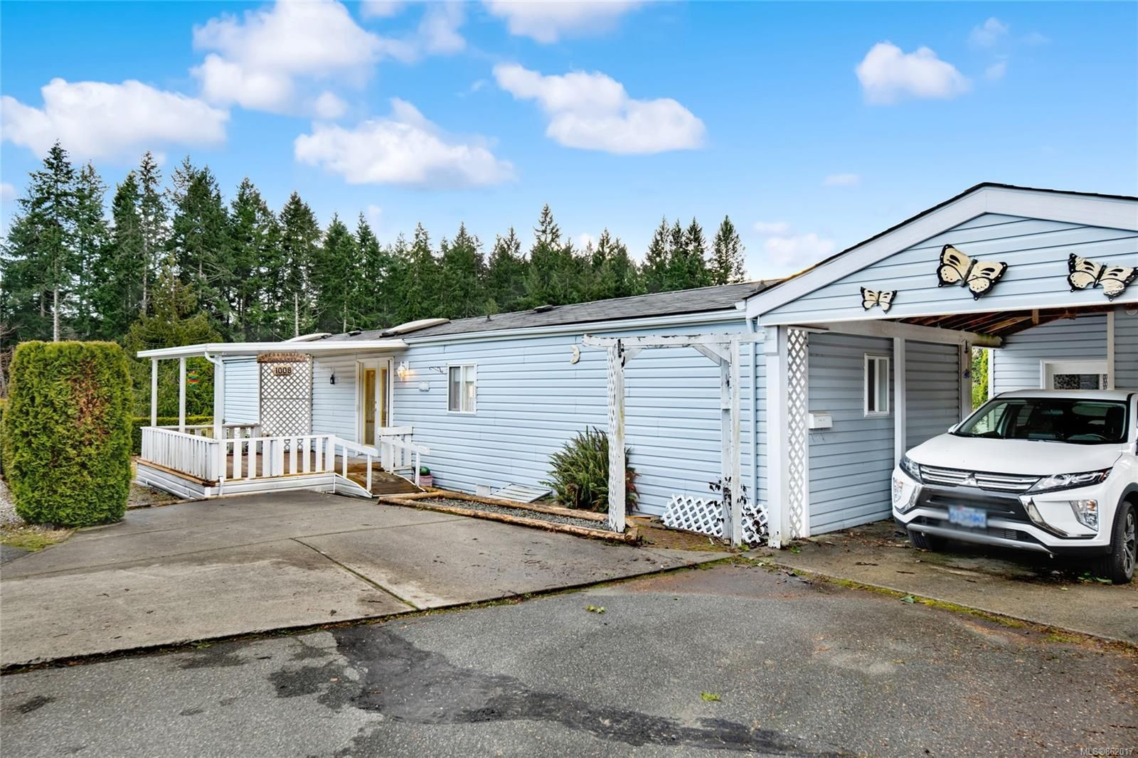 Main Photo: 1008 Collier Cres in : Na South Nanaimo Manufactured Home for sale (Nanaimo)  : MLS®# 862017