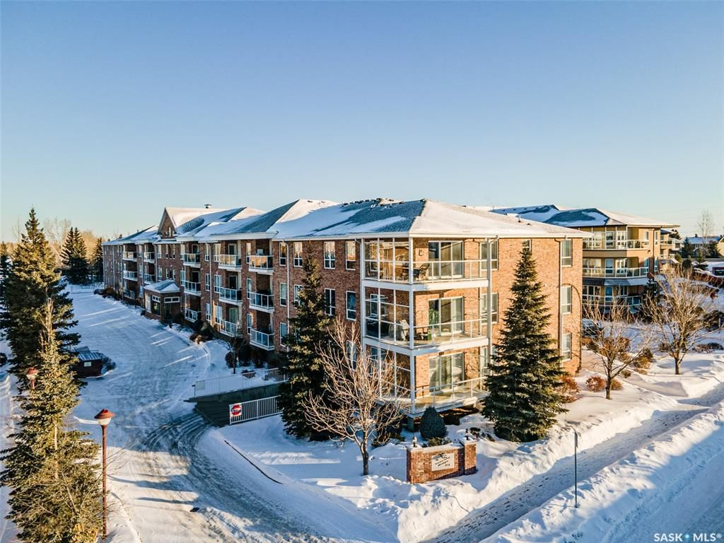 Main Photo: 302 914 Heritage View in Saskatoon: Wildwood Residential for sale : MLS®# SK841007