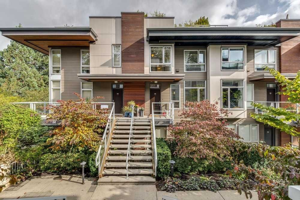 "Main Photo: 217 735 W 15TH Street in North Vancouver: Mosquito Creek Townhouse for sale in ""SEVEN35"" : MLS®# R2508481"