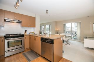 """Photo 5: 211 3105 LINCOLN Avenue in Coquitlam: New Horizons Condo for sale in """"LARKIN HOUSE"""" : MLS®# R2140315"""