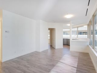 """Photo 5: 911 1177 HORNBY Street in Vancouver: Downtown VW Condo for sale in """"LONDON PLACE"""" (Vancouver West)  : MLS®# R2403414"""