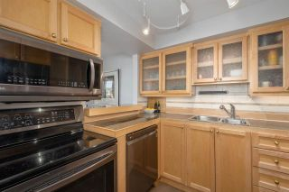 """Photo 11: 1001 444 LONSDALE Avenue in North Vancouver: Lower Lonsdale Condo for sale in """"Royal Kensington"""" : MLS®# R2617554"""
