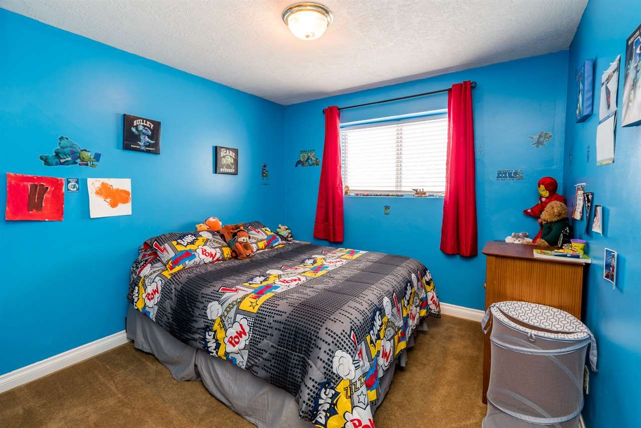 """Photo 8: Photos: 6968 O'GRADY Road in Prince George: St. Lawrence Heights House for sale in """"ST. LAWRENCE HTS/SOUTHRIDGE"""" (PG City South (Zone 74))  : MLS®# R2138337"""