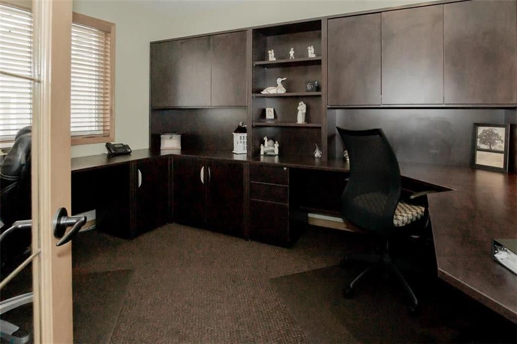 Photo 17: Photos: 23 Tiverton Bay in Winnipeg: River Park South Residential for sale (2F)  : MLS®# 202008374