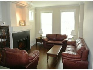 """Photo 9: 21139 80TH Avenue in Langley: Willoughby Heights Townhouse for sale in """"YORKVILLE"""" : MLS®# F1401445"""