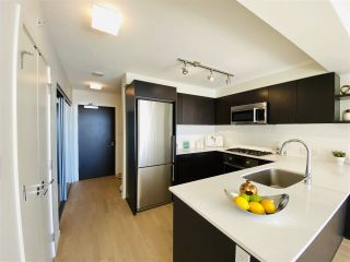 """Photo 4: 1202 7888 ACKROYD Road in Richmond: Brighouse Condo for sale in """"QUINTET"""" : MLS®# R2558292"""