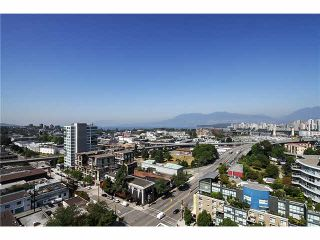 """Photo 10: 1404 1483 W 7TH Avenue in Vancouver: Fairview VW Condo for sale in """"VERONA OF PORTICO"""" (Vancouver West)  : MLS®# V1082596"""