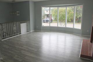 Photo 3: 14913 104 Avenue in Edmonton: Zone 21 House Half Duplex for sale : MLS®# E4262661