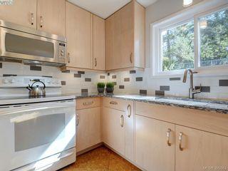 Photo 9: 1000 HIGHROCK Ave in VICTORIA: Es Rockheights House for sale (Esquimalt)  : MLS®# 793140