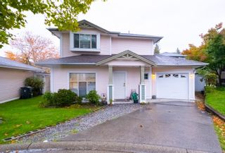 """Photo 2: 33 8675 209 Street in Langley: Walnut Grove House for sale in """"THE SYCAMORES"""" : MLS®# R2625315"""