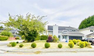 Photo 1: 10280 HOLLYMOUNT Drive in Richmond: Steveston North House for sale : MLS®# R2489571