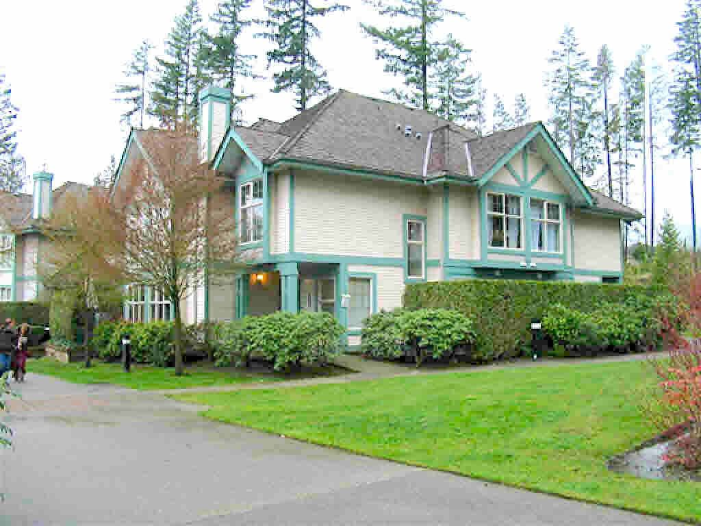 "Main Photo: 40 65 FOXWOOD Drive in Port Moody: Heritage Mountain Townhouse for sale in ""Forest Hill"" : MLS®# R2390192"