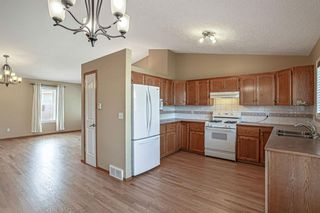 Photo 14: 426 Riverview Green: Cochrane Detached for sale : MLS®# A1132015
