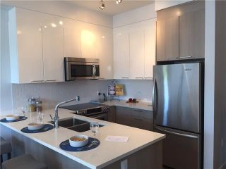 Photo 3: # 310 1201 W 16TH ST in North Vancouver: Norgate Condo for sale : MLS®# V1102313