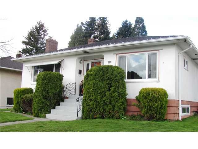 Main Photo: 119 GLOVER Avenue in New Westminster: GlenBrooke North House for sale : MLS®# V881651
