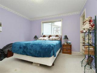 Photo 10: 1039 Haslam Ave in VICTORIA: La Glen Lake Half Duplex for sale (Langford)  : MLS®# 751398