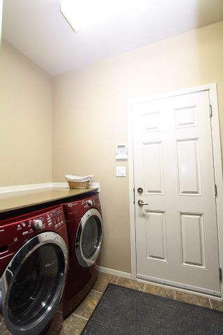 Photo 16: 23 Appletree Crescent in Winnipeg: Bridgwater Forest Residential for sale (1R)  : MLS®# 1702055