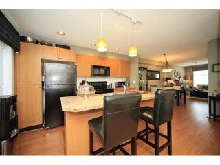 Photo 8: 18 16233 83 AVE in Surrey: Fleetwood Tynehead Townhouse for sale : MLS®# F1423283