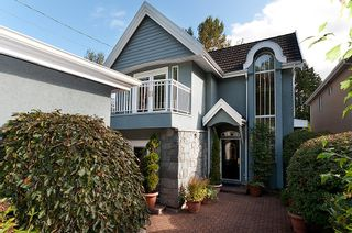 Photo 2: 736 SEYMOUR Boulevard in North Vancouver: Seymour House for sale : MLS®# V914166