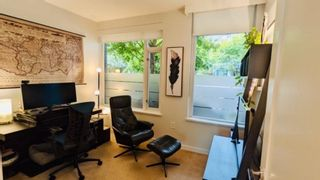 """Photo 7: 305 12 ATHLETES Way in Vancouver: False Creek Condo for sale in """"Kayak"""" (Vancouver West)  : MLS®# R2609035"""