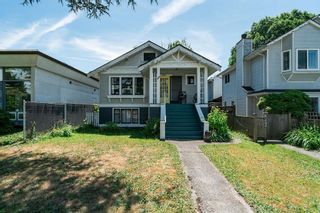 Photo 2: 2836 W 8TH Avenue in Vancouver: Kitsilano House for sale (Vancouver West)  : MLS®# R2594412