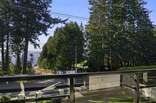 Photo 19: 13751 Marine Drive in White Rock: House for sale