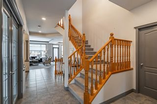Photo 3: 84 EVEROAK Circle SW in Calgary: Evergreen Detached for sale : MLS®# A1018206