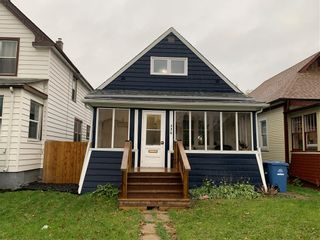 Photo 1: 336 Cathedral Avenue in Winnipeg: North End Residential for sale (4C)  : MLS®# 202125118