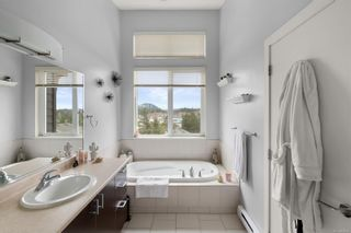 Photo 12: 2110 Greenhill Rise in : La Bear Mountain Row/Townhouse for sale (Langford)  : MLS®# 874420