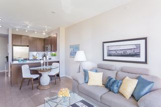 """Photo 6: 512 135 W 2ND Street in North Vancouver: Lower Lonsdale Condo for sale in """"CAPSTONE"""" : MLS®# R2212509"""